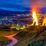 夜景と炎のコントラスト 無形民俗文化財「大池の百八灯」